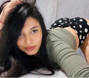 Pricille escorts service in Hanover Park