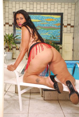 Nasra mature escorts in Humble, TX